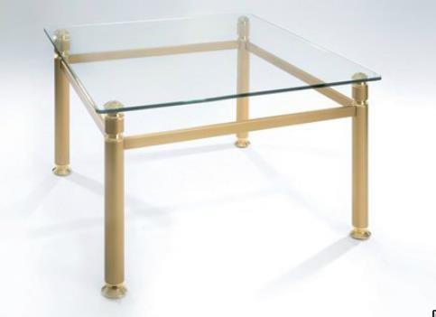 Model 8415 in Ausführung Gold = Stahl goldfarbig lackiert, Zierteile Messing poliert